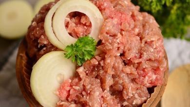 Photo of Mangiare carne cruda fa male davvero? Tutta la verità